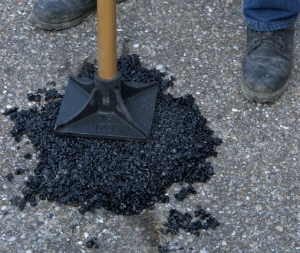Asphalt Can Be Easily Maintained